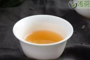 白茶,是最靠近自然的鲜甜茶味。