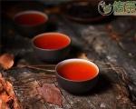 来,看看老茶鬼们是怎么评古树普洱茶的